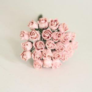 Мини бутон розы полураскрытый розово-персиковый, 1 шт.