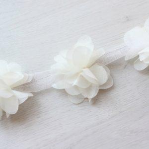 Молочный шифоновый цветок, 1 шт.