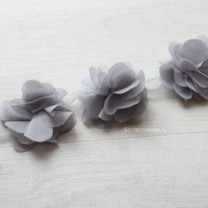 Шифоновый цветок серый