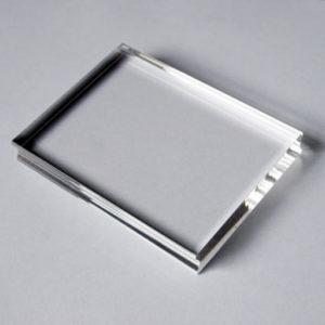 Прозрачный акриловый блок