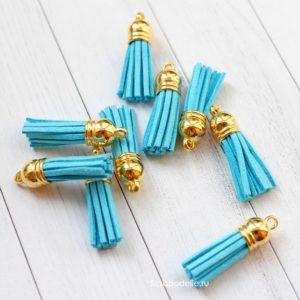 Декоративная кисточка голубая