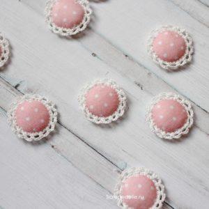 Розово-персиковая обвязанная фишка