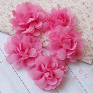 Большой шифоновый цветок ярко-розовый