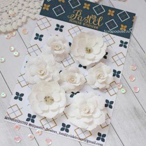 Цветы ручной работы из ткани белые